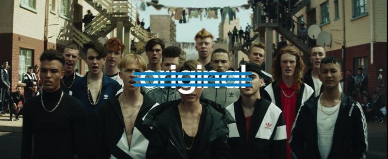 La nueva campaña de Adidas tiene un toque clásico