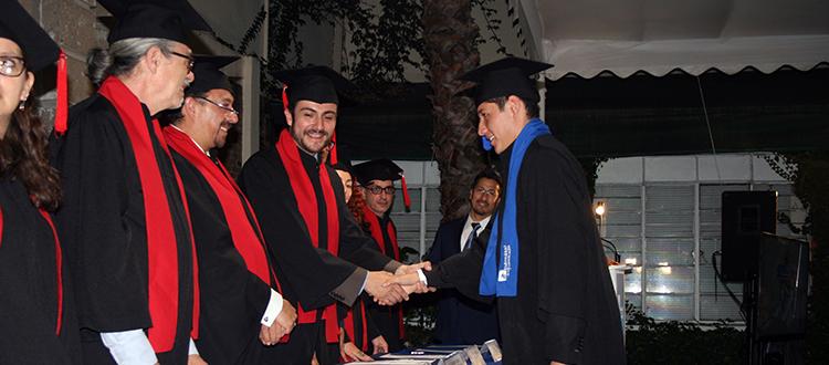Emotiva graduación togal de la Universidad de la Comunicación