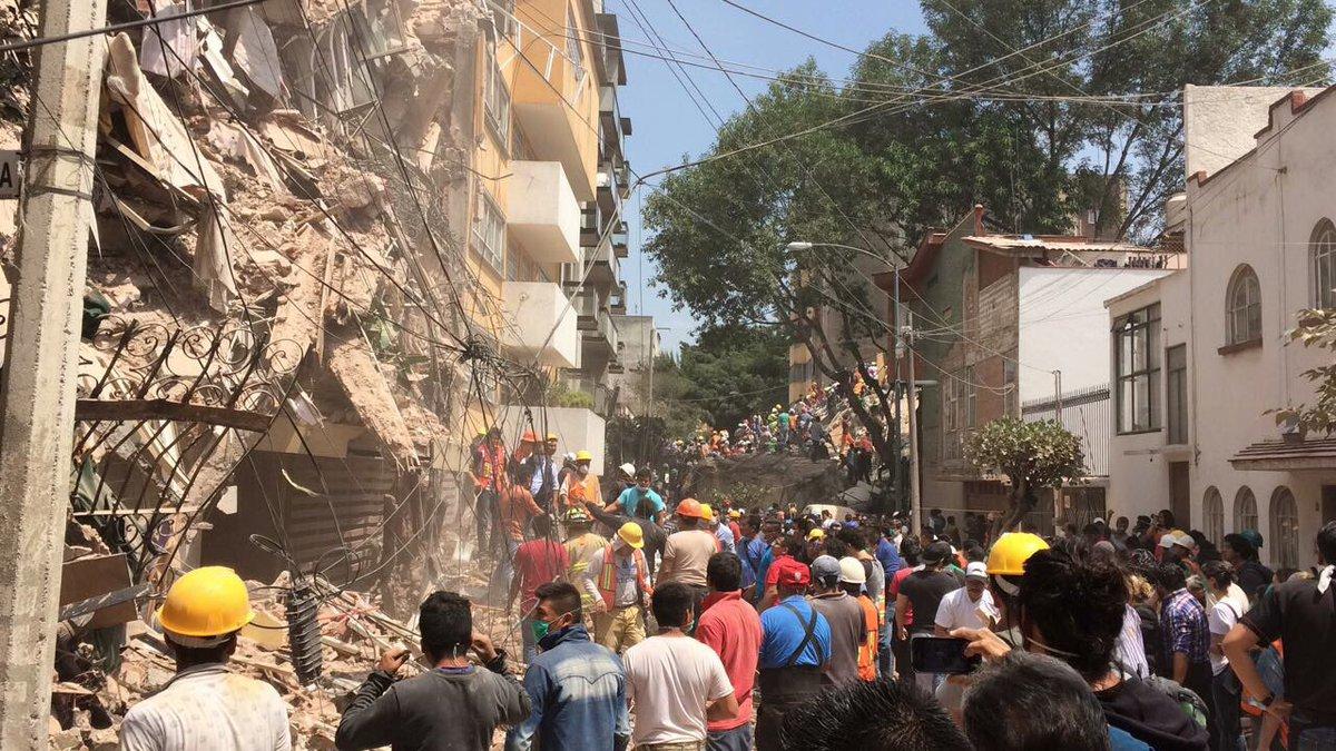 Se salva Mary Gómez al derrumbarse por completo el edificio en donde ella se encontraba