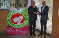 Gana La Comer el Tótem 2020 en la categoría de Tiendas de Autoservicio por su campaña, en medios de vía pública