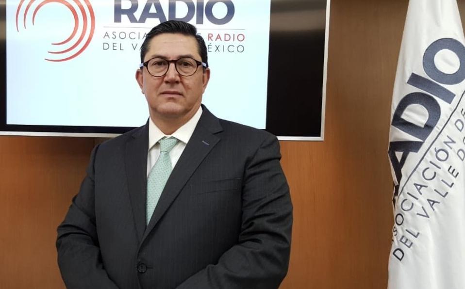 Al cumplirse los primeros 100 años de la radio en México, el presidente de la ARVM invita a la reflexión sobre el futuro del medio.