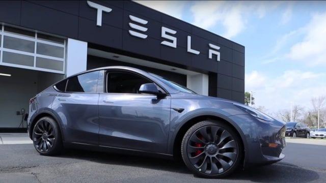 Tesla acelera para convertirse en la marca de automóviles más valiosa